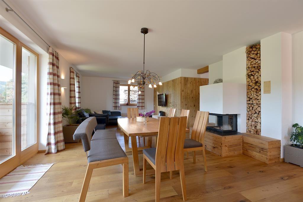 landhaus kaiser ellmau. Black Bedroom Furniture Sets. Home Design Ideas