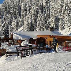 Stoagrub'n Hütte
