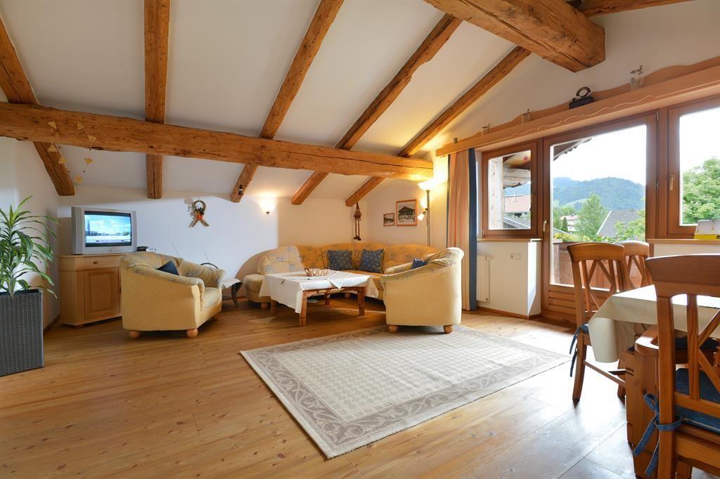 Wohnzimmer Dachgeschoss ~ Kreative Bilder Für Zu Hause Design