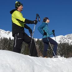 Guided snow shoe-hiking in Scheffau