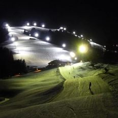 Night giant slalom training