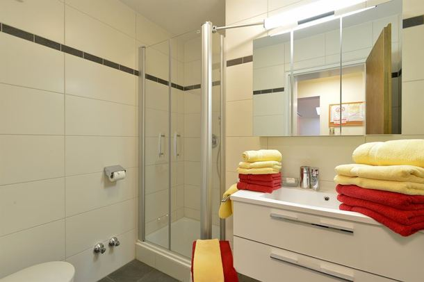 Badezimmer 4- & 5-Pers-Appartements