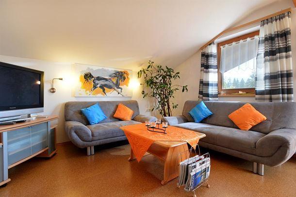 liegewiese wohnzimmer. Black Bedroom Furniture Sets. Home Design Ideas