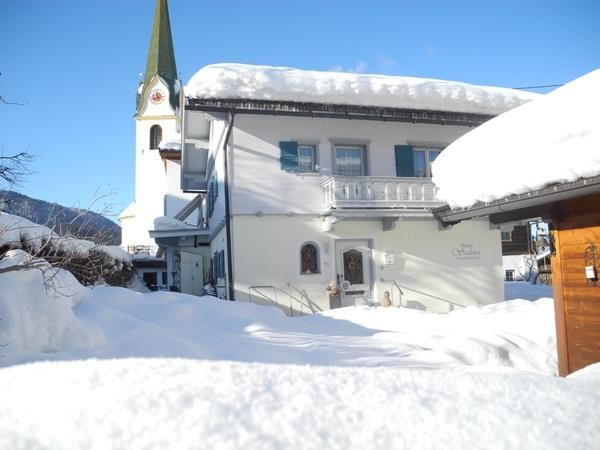 Winter Haus Salina