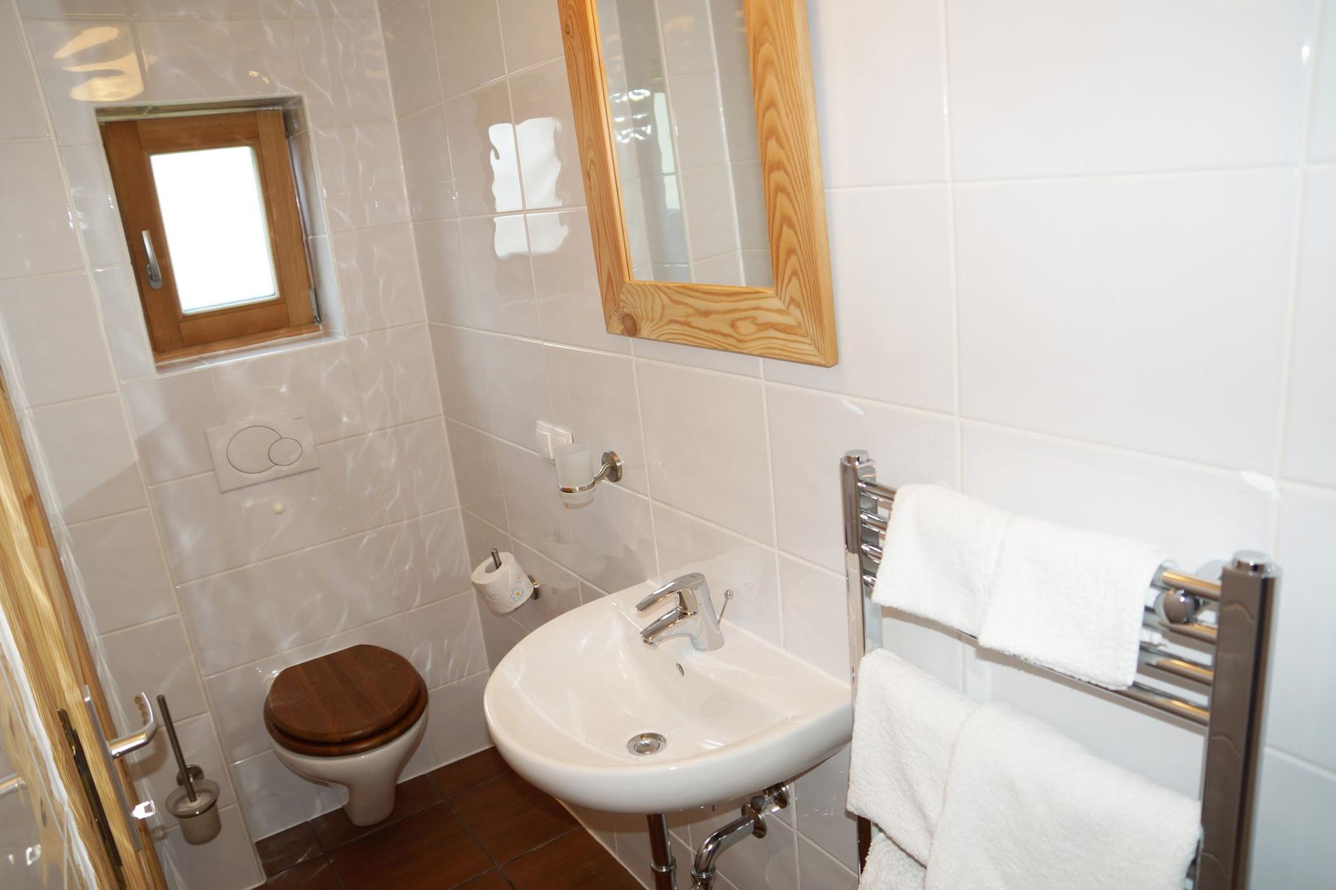 12m2-Twin-Ensuite-Room-2