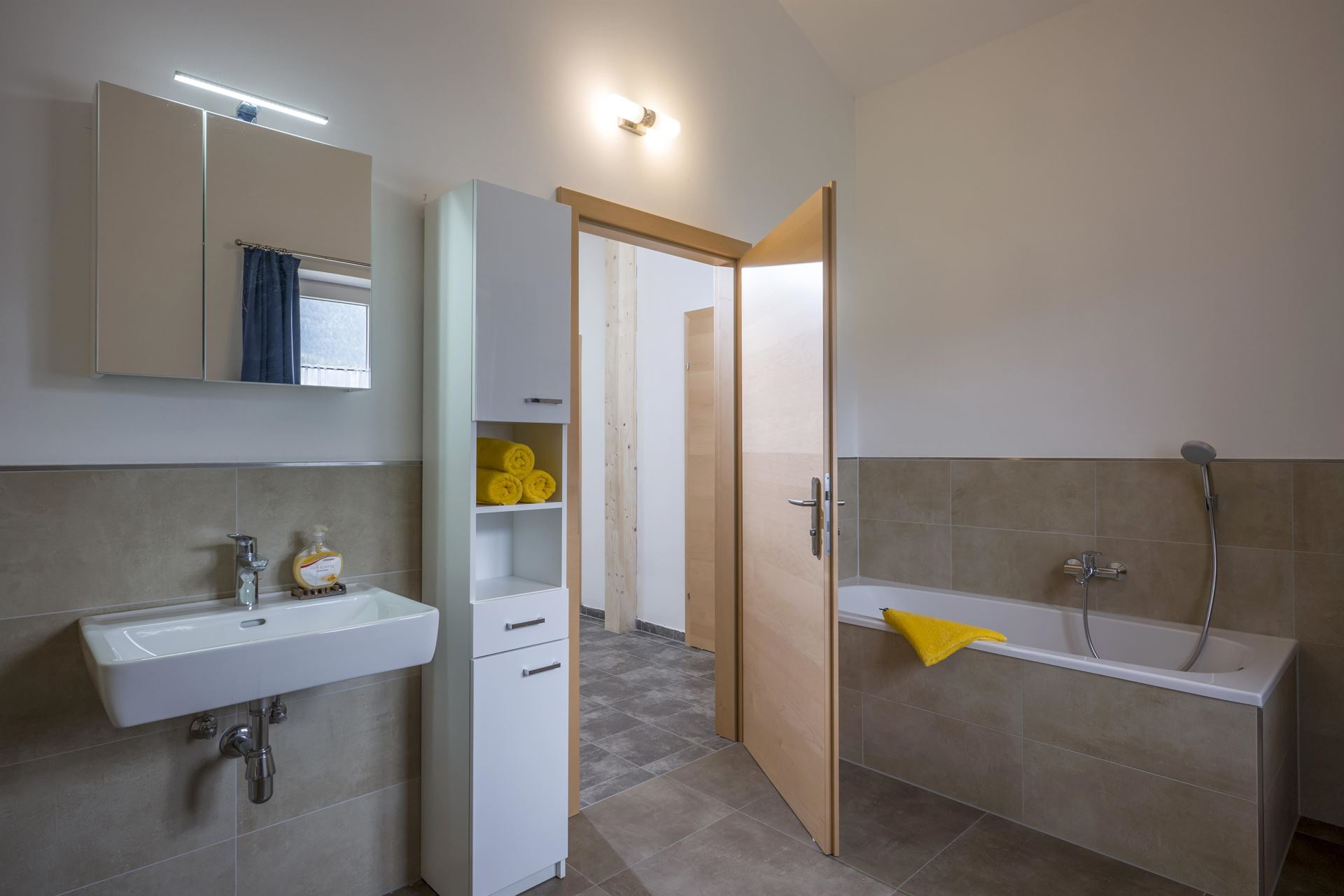 Badezimmer Appartement Salvenblick