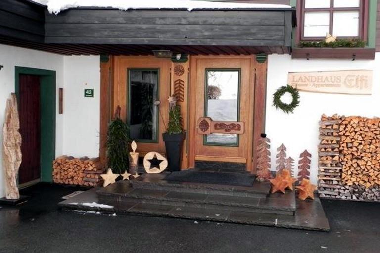 Landhaus Eingang landhaus elfi söll