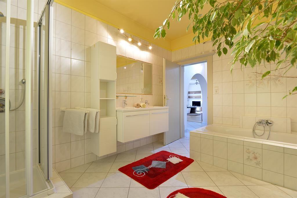 Appartement 2 Badezimmer Appartement 2 Badezimmer