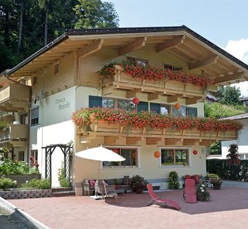 Pension Mirabelle im Sommer