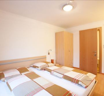 Appartment-Schlafzimmer 1