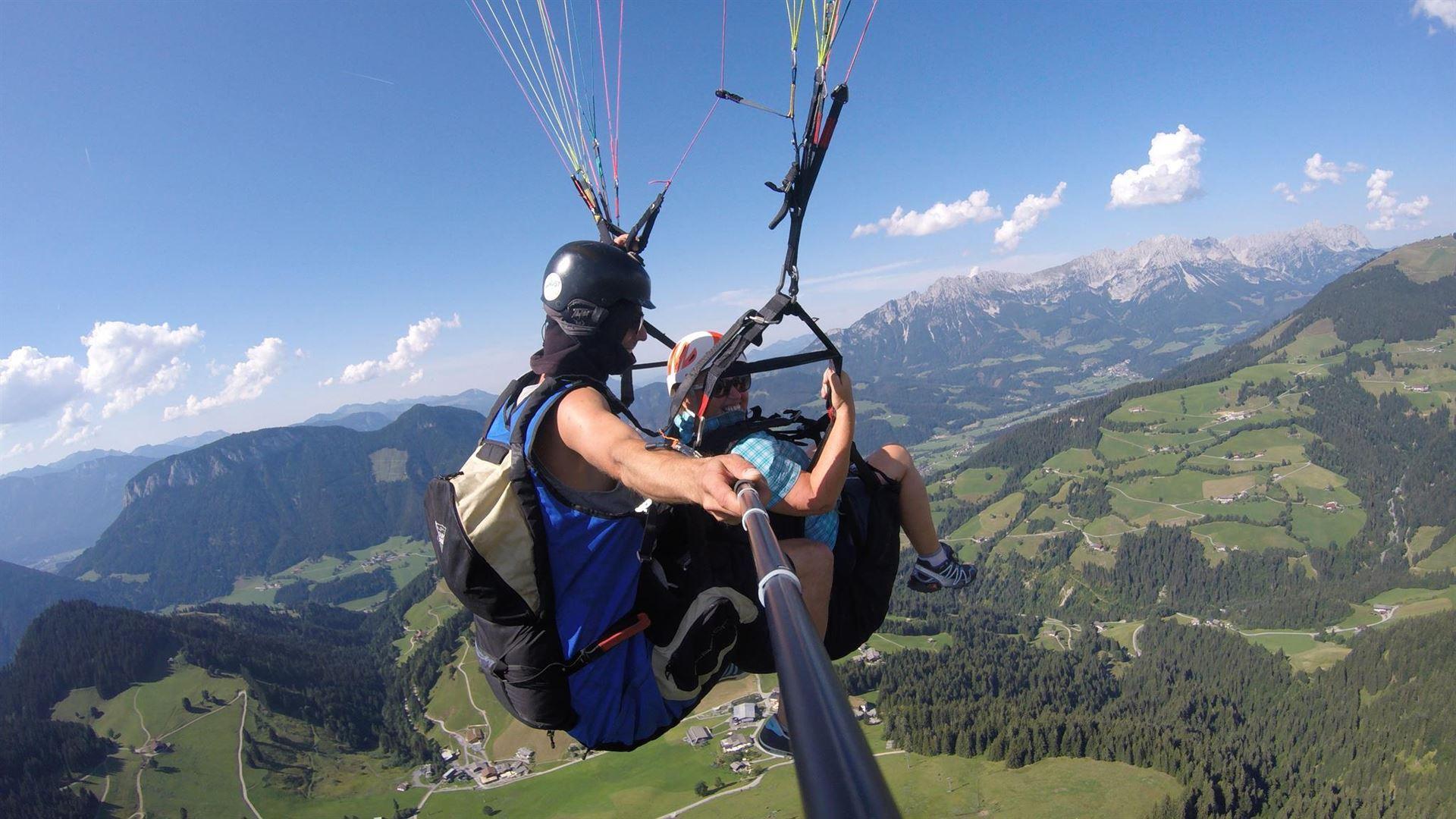 Paragliding at lofty heights in the Wilder Kaiser region