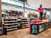 Klettersteigset Intersport : Intersport winkler talstation hartkaiserbahn