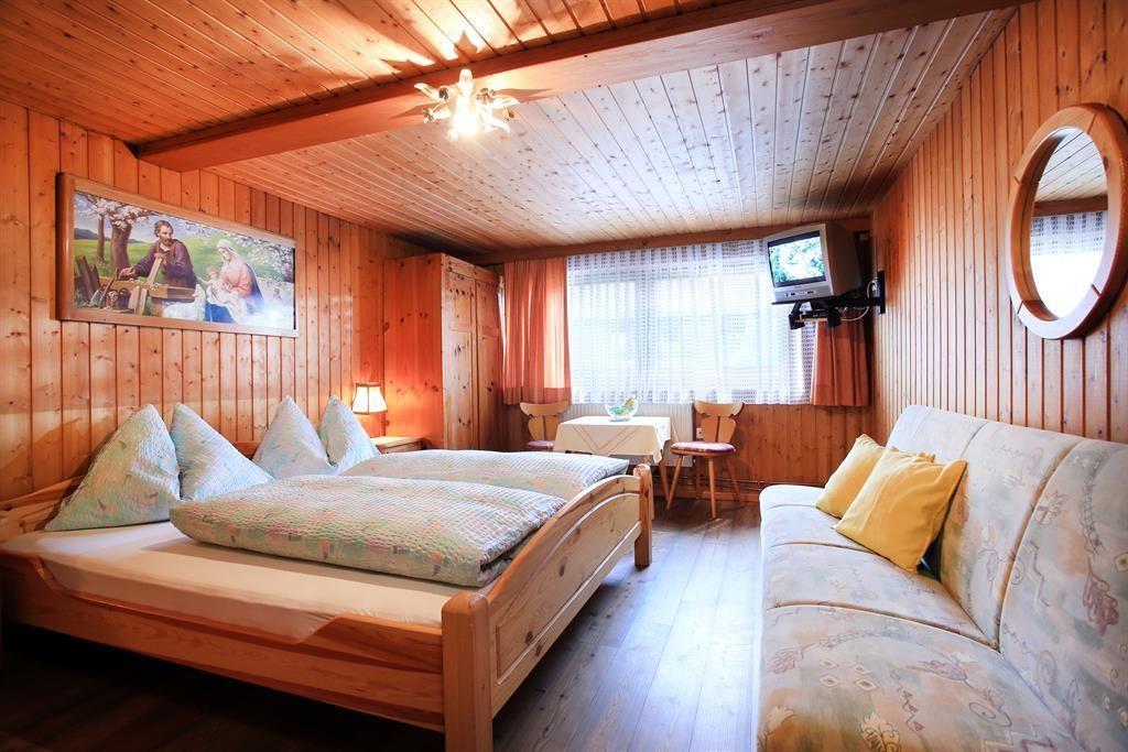 bauernhof niederachen scheffau am wilden kaiser. Black Bedroom Furniture Sets. Home Design Ideas