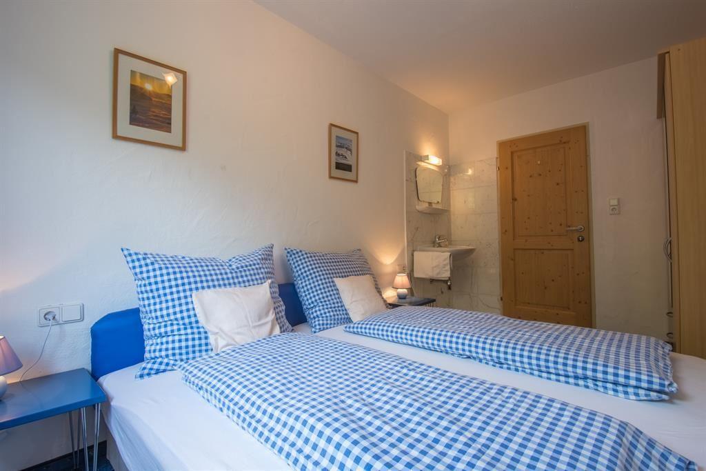 crossley earp ferienwohnungen scheffau am wilden kaiser. Black Bedroom Furniture Sets. Home Design Ideas