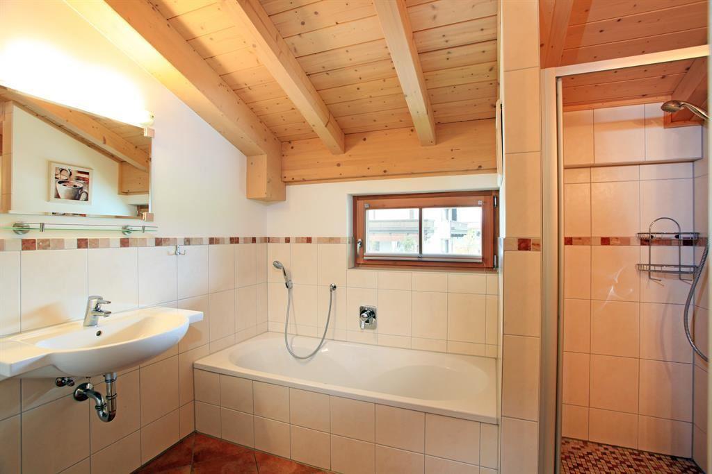 Ferienhaus/4 Od. Mehr Schlafr./Bad, WC
