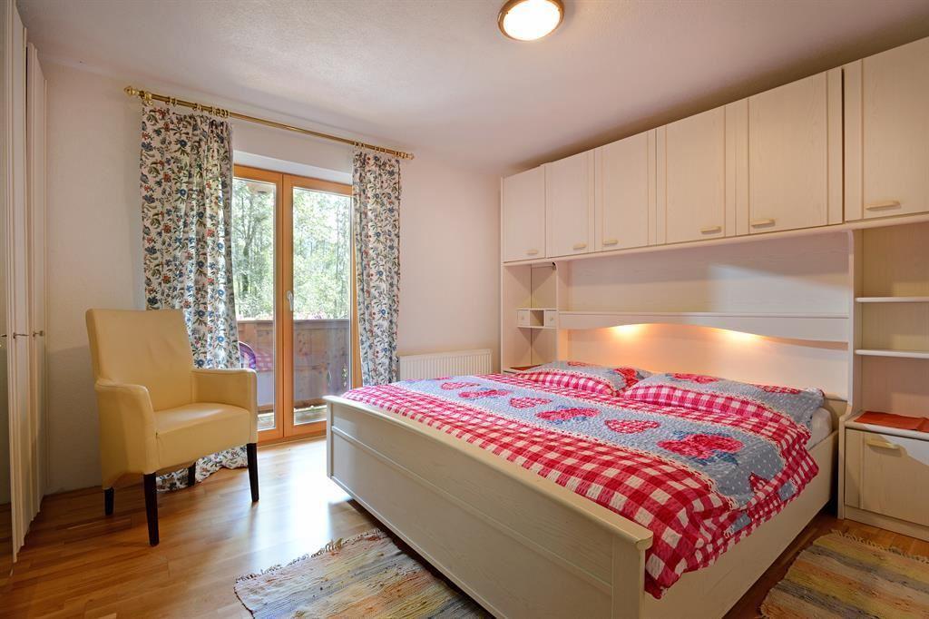 haus jasmin ellmau. Black Bedroom Furniture Sets. Home Design Ideas