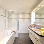 3 bedroom,comb liv.-bedr/shower or bath