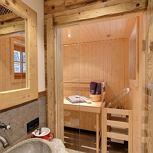 Appartement, douche en bad, WC, sauna