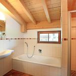 hol. house - 4 + more bedrooms/bath tube