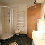 Holiday home, shower and bath, toilet, 4 or more bed rooms