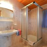 comb liv.-bedr., 1 bedroom, shower,WC