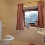 room with 4 beds with shower, WC