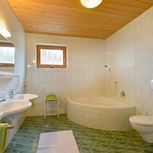 2 bedroom,comb liv.-bedr/shower + bath