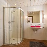 4-bed room, shower, toilet