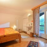 holiday house/3 bedrooms/bath tube, WC