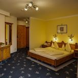 Wilder Kaiser-double room with bath tube, WC