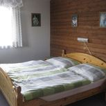 double room with running hot/cold water