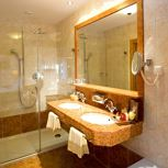 double room with shower or bath tub, WC