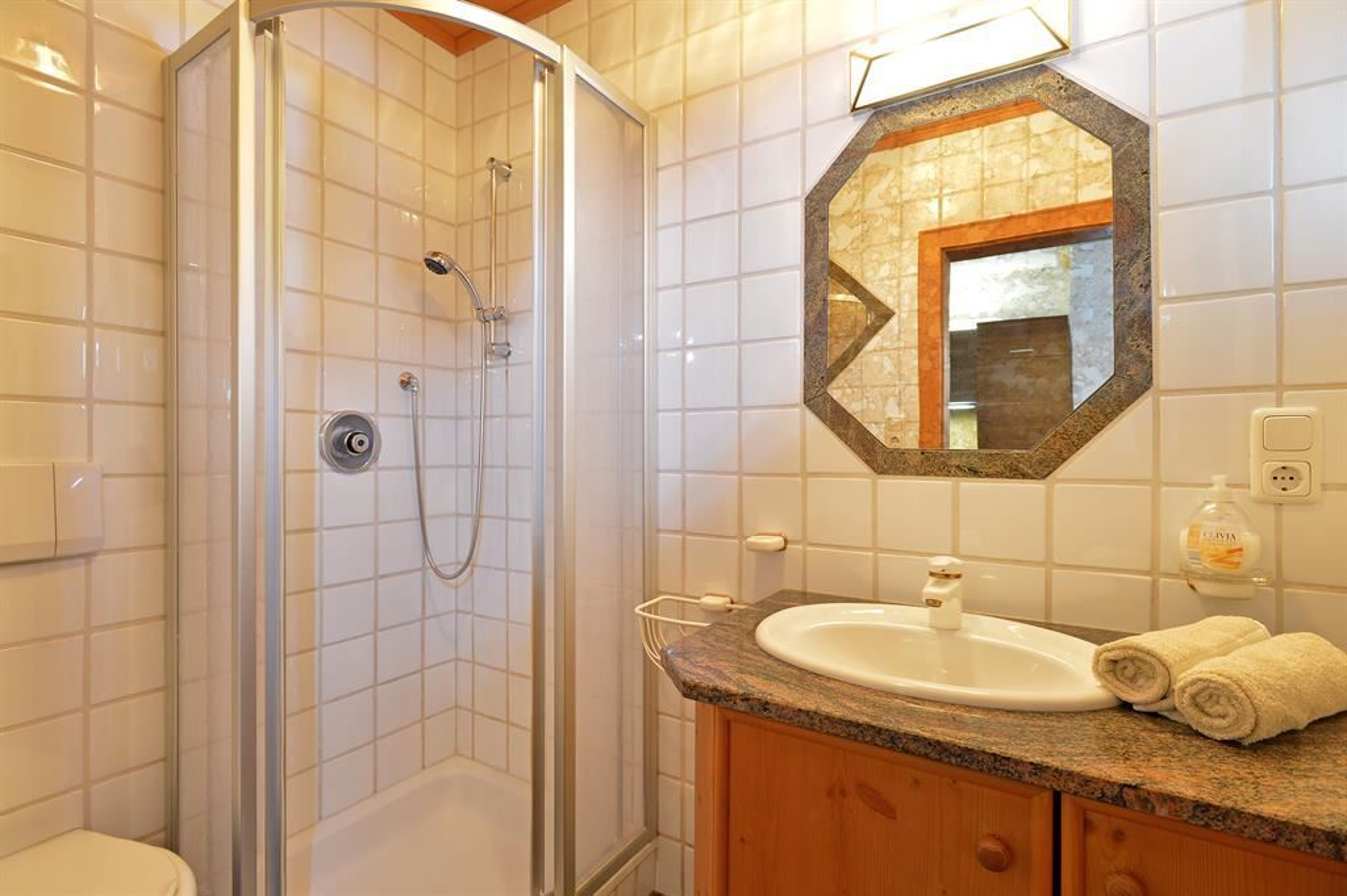 widauer going am wilden kaiser. Black Bedroom Furniture Sets. Home Design Ideas