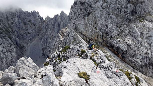 Klettersteig Wilder Kaiser Ellmauer Halt : Eisenkrone Überschreitung ellmauer halt süd nord gamsängersteig